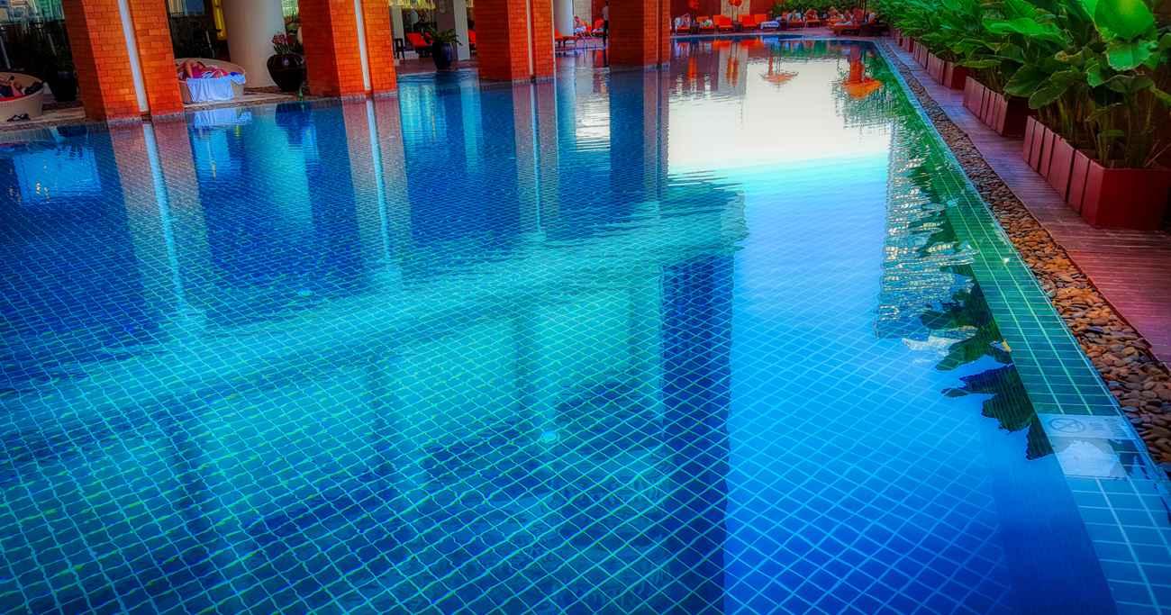Pool Lebua