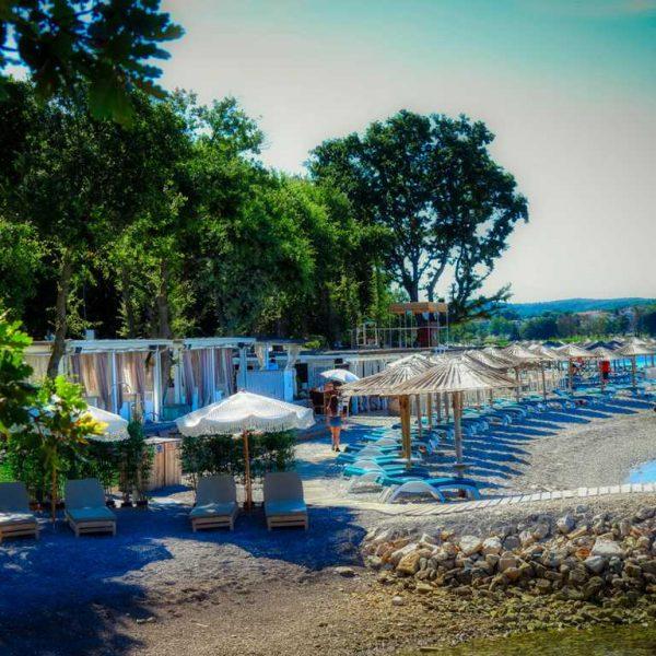 Polidor Beach Camping