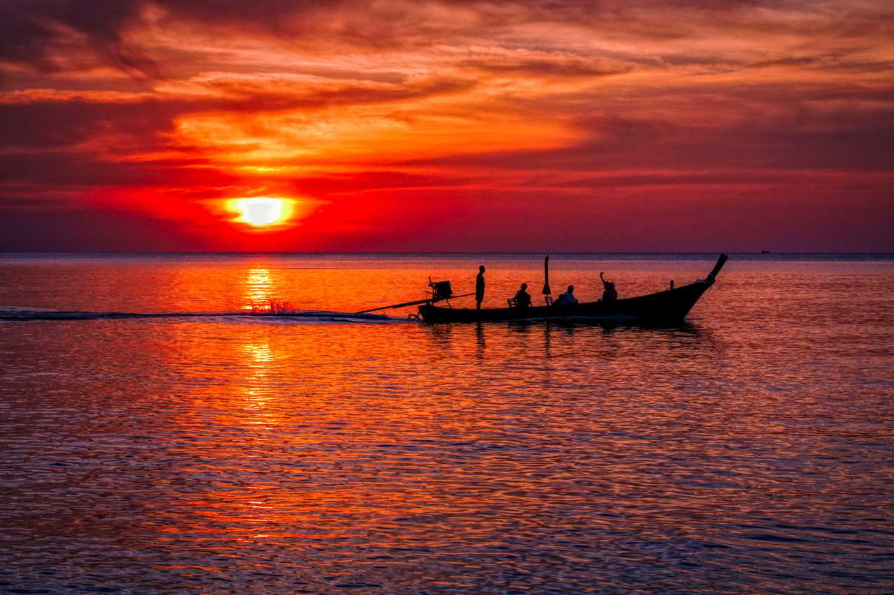 Sonnenuntergang Nai Yang Beach