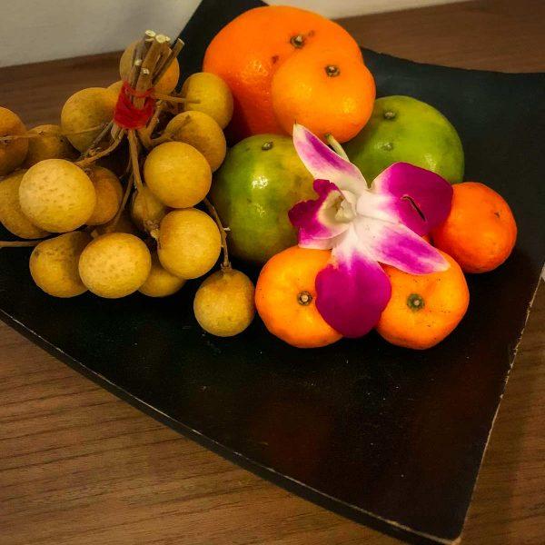 DEWA Phuket, frisches Obst zur Begrüßung