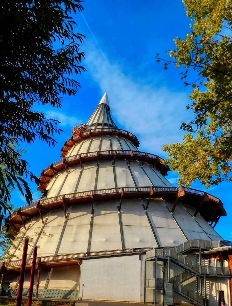 Jahrtausendturm Elbauenpark