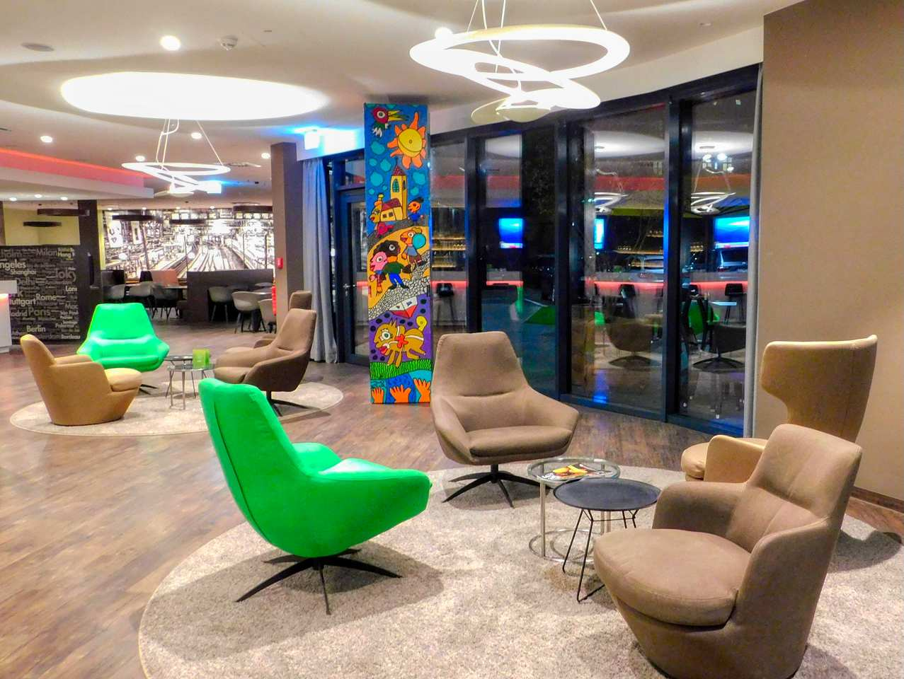 Lobby Travel24 Hotel